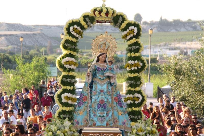 El Ayuntamiento apoya la petición de la JHP al Obispado para la coronación canónica de la patrona de la ciudad